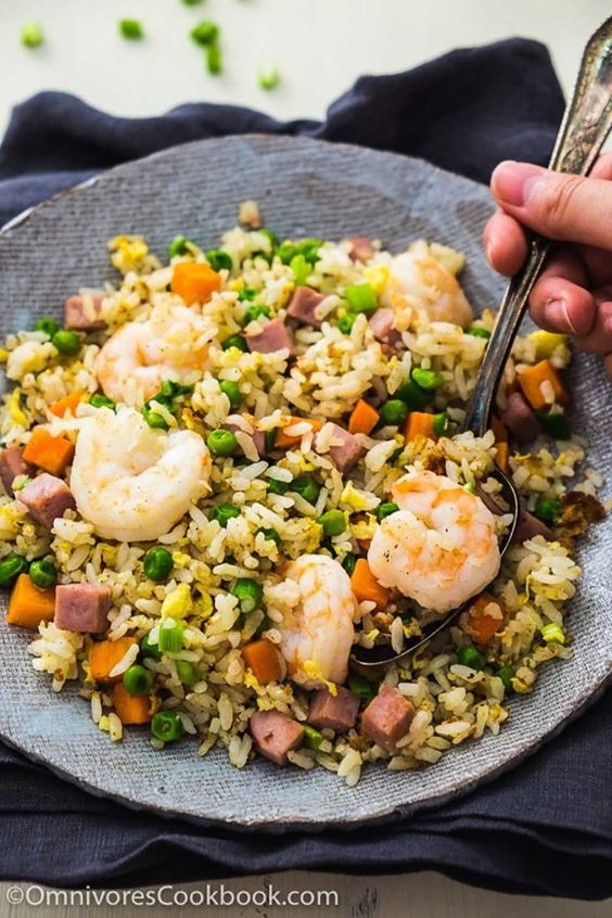 Shrimp Fried Rice | 23 Genius Dinner Recipes That Take 15 Minutes Or Less