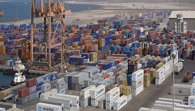 أكثر من 36 مليار ريال قيمة الصادرات الوطنية عبر ميناء الحديدة العام الماضي http://khazn.com/%d8%a3%d9%83%d8%ab%d8%b1-%d9%85%d9%86-36-%d9%85%d9%84%d9%8a%d8%a7%d8%b1-%d8%b1%d9%8a%d8%a7%d9%84-%d9%82%d9%8a%d9%85%d8%a9-%d8%a7%d9%84%d8%b5%d8%a7%d8%af%d8%b1%d8%a7%d8%aa-%d8%a7%d9%84%d9%88%d8%b7-3/