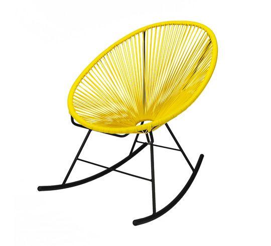 d clin en rocking chair ce fauteuil acapulco jaune la fois vintage et compl tement tendance. Black Bedroom Furniture Sets. Home Design Ideas