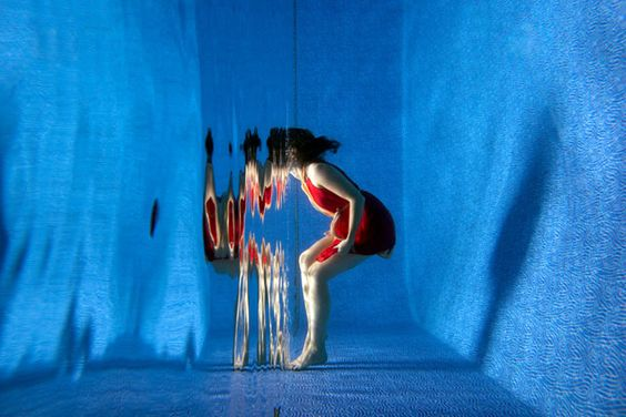 Perspective and Light Help Turn the Surface of Water Into a Magical Mirror | PetaPixel