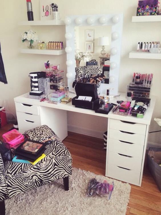 Click To Download My Dream Beauty Room Planner For