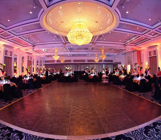 STUNNING Wedding Venue Plaza Volare