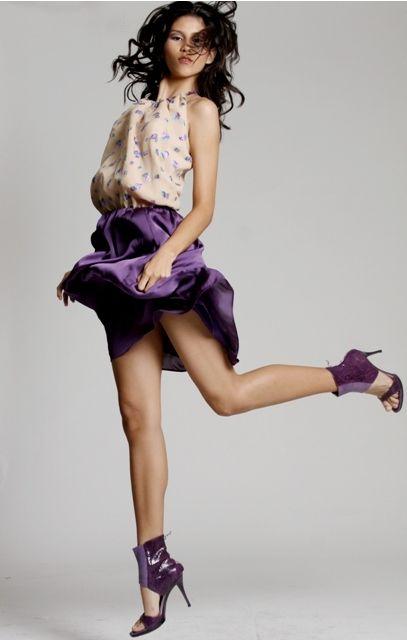 she's flying   By anibal mestre  Yenny Bastida Silk dress  Lafons shoes: Bastida Silk, Anibal Mestre, Books Worth, Dress, Yenny Bastida, Www Yennybastida Com, Venezuelan Photographers, Mestre Yenny, Venezuelan Creativity