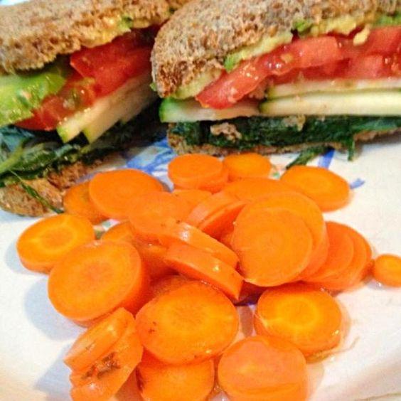 レシピとお料理がひらめくSnapDish - 11件のもぐもぐ - Veggie Sandwich with Pickled Carrots by http://melissasmenu.wordpress.com/