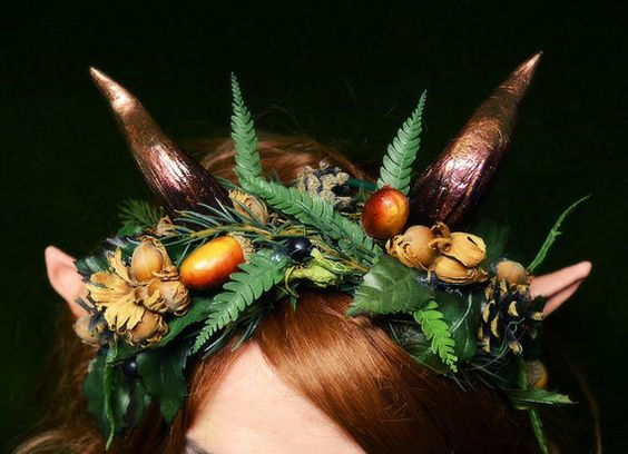 Woodland Treasures head wreath with horns by changelingscloset