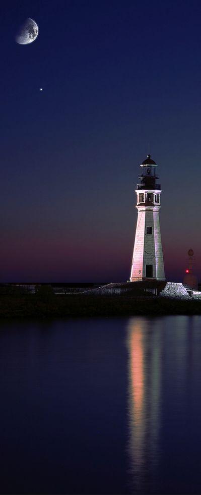 Lake Erie Lighthouse, Buffalo, New York, USA