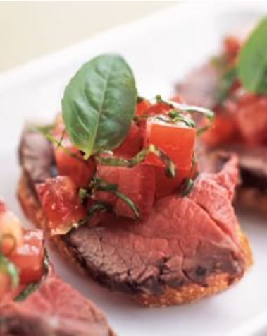 tenderloin and heirloom tomatoe canape