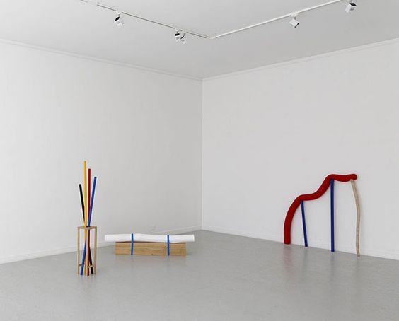 Eva TAULOIS » Index des œuvres » Documents D'Artistes Bretagne