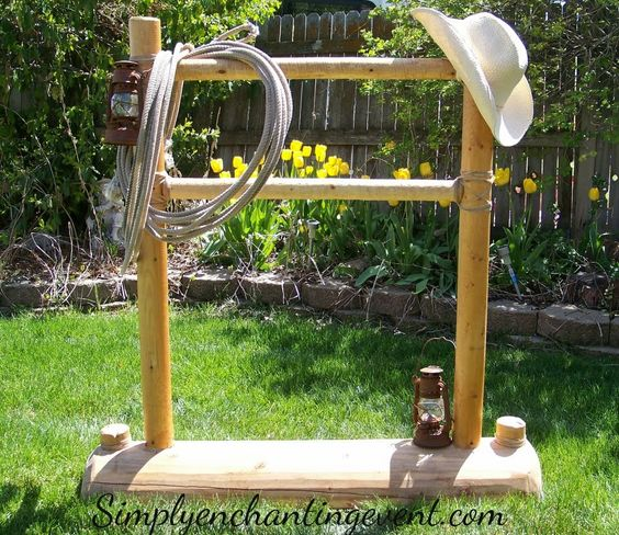 Hitching post wedding decoration pictures and country for Decoration western country