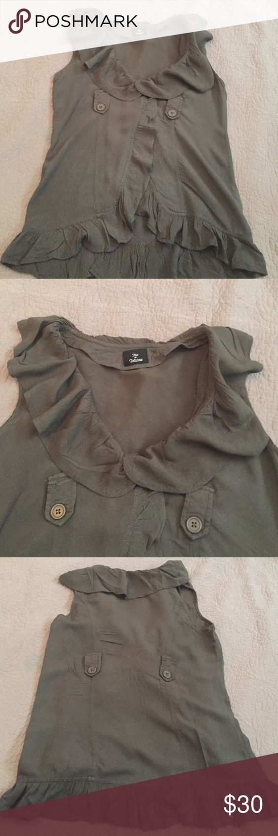 Hot &a delicious vest shirt Super cute and beautiful best shirt olive color, the measures from shoulder to bottom are 12 inches Hot & Delicious Tops