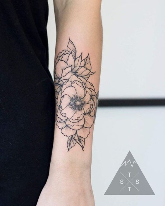 Floral tattoo by Vanessa Dong thesummittattoo.com   To ...
