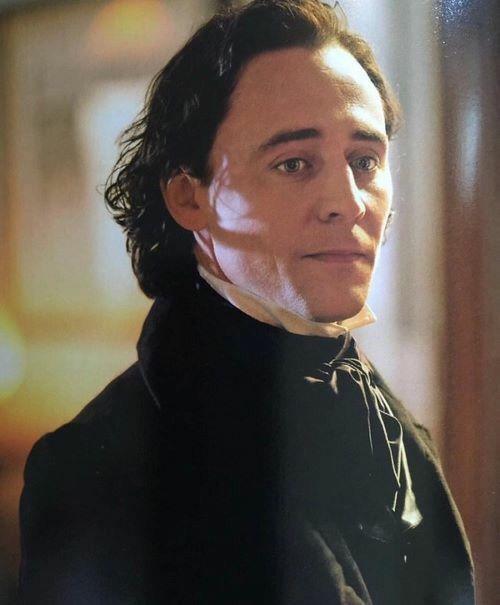 Crimson Peak, Tom Hiddleston as Thomas Sharpe