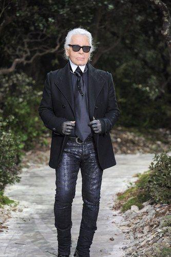 Frhjahrsommer Laufsteg Homoehe Schickt Couture Chanel Brute Haute Paris Zwei Foto B Karl Lagerfeld Costume Haute Couture Paris Chanel Haute Couture
