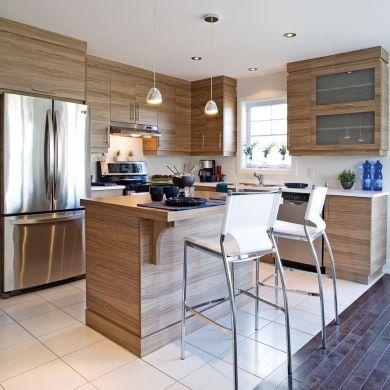 des armoires de m lamine comme du bois cuisine. Black Bedroom Furniture Sets. Home Design Ideas