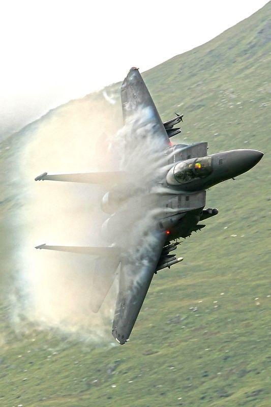 F-15 isso sim é avião!