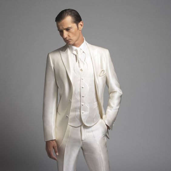 Bonus : Je ne voudrais JAMAIS qu'il porte...ce costume 1