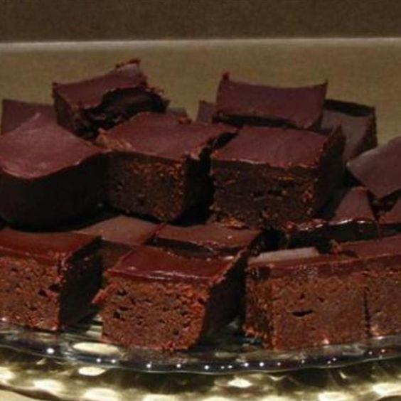Chocolate mascarpone brownies | Recipe | Mascarpone cheese, Mascarpone ...