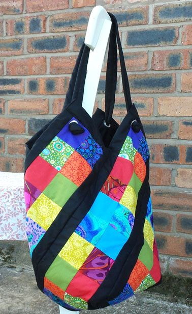 Jo from Jozart made a patchwork windmill bag