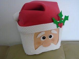 Papai Noel no pote de sorvete