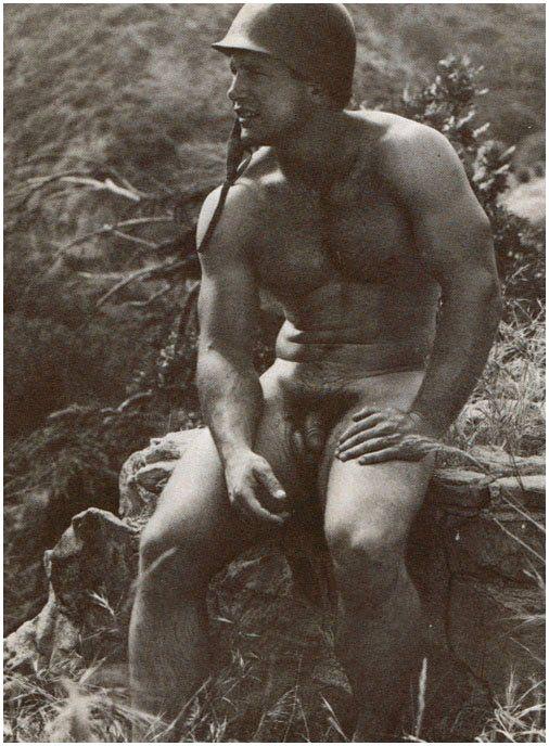 ventage-naked-men
