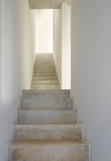 http://static.dezeen.com/uploads/2013/01/dezeen_Haus-E17-in-Metzingen-by-search-Architekten_15.jpg