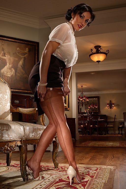 Ashley Valentina