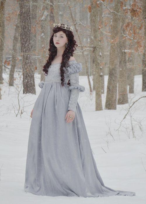 Vestido Azul Prateado / Silvery Blue Dress