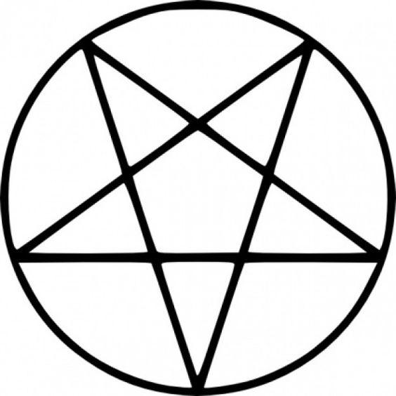 El pentagrama invertido es símbolo del satanismo y la magia negra