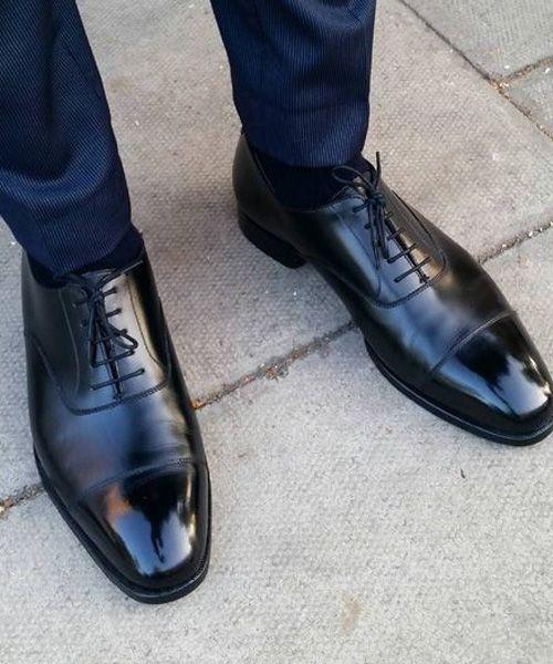 sapato com calça de alfaiataria