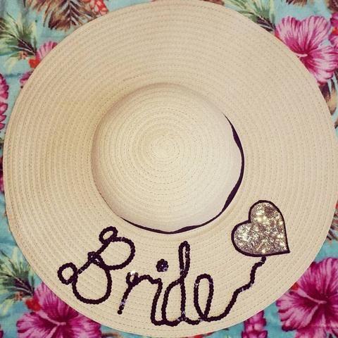 Chapeu personalizado para noivas e madrinhas - Chapeu de noiva personalizado