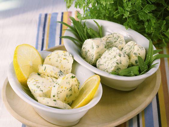 Kräuterbutter und Gremolata-Butter - smarter - Zeit: 30 Min. | eatsmarter.de