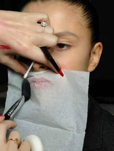 20 makeup tips and tricks!