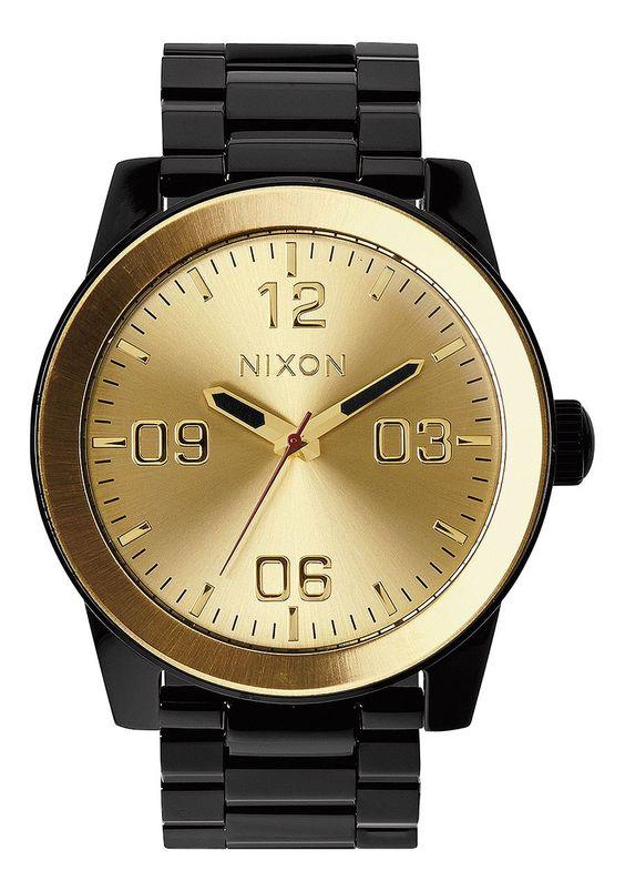 Nixon Corporal SS - Black/Gold