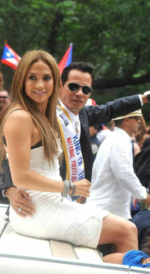 Jennifer Lopez & then husband Marc Anthony, at the 2010 NY Puerto Rican Day Parade