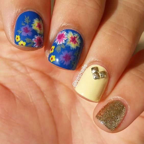 Floral mix and match manicure