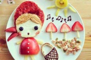 nessa-criacao-lee-samantha-retrata-a-personagem-da-historia-infantil-chapeuzinho-vermelho-para-compor-ela-usou-pao-cream-cheese-manteiga-de-amendoim-geleia-morango-maca