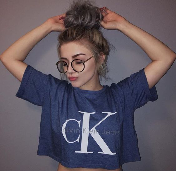 Street style, casual outfit, sexy outfit, spring chic, summer chic, glasses, Calvin Klein top