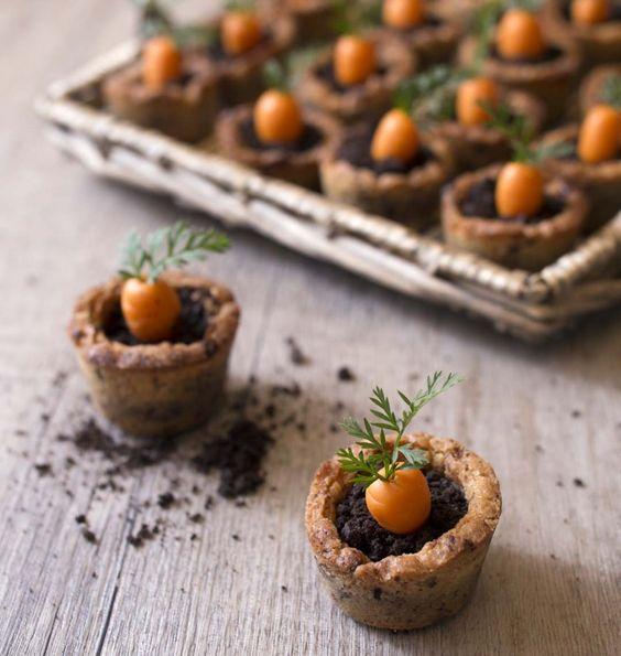 Un cookie ? Oui, mais en forme de pot de terre avec une p'tite carotte (pâte d'amande) qui sort alors !