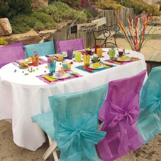 Decora o simples e barata em cadeiras de pl stico mesas for Mesas de plastico para jardin baratas