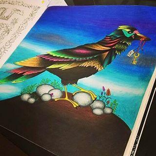 Uauuuuu, muito legal ver como cada pessoa #imagina e #colore seus #desenhos    Encantada com sua #pintura (@tatgc) _______________________________________________ ↪ Use #lostoceancolors, e compartilhe seus desenhos ou via Direct!↩  Siga os IGs: @lostoceancolors e @consuladodamodapremiere  _______________________________________________ VAMOS COLORIR COM ESTILO ▶ Consulte a loja virtual ⛔www.consuladodamoda.com.br