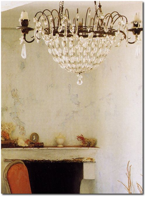 Provence style home of French designer Frederic Mechiehe. European Farmhouse and French Country Decorating Style Photos. #frenchcountry #farmhouse #crystalchandelier