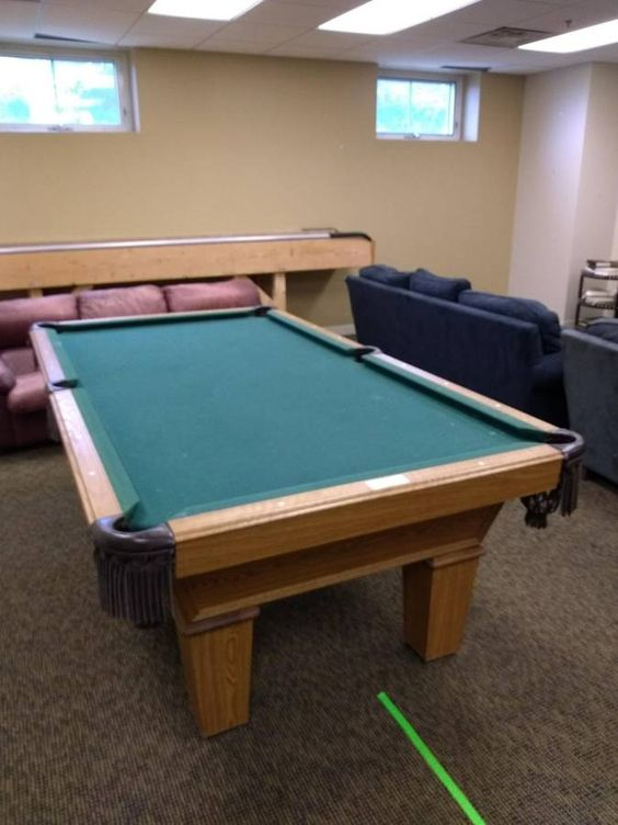 8' Olhausen Billiards Pool Table