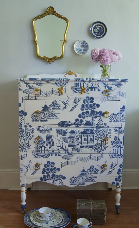 chalk paint® in pure white and napoleonic blue | willow pattern stencil from stencil library | china crackle, white glaze, satin topcoat & olympic gold metallic paint from modern masters | me & mrs. jones, memphis tn
