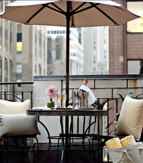 Enjoy an infamous #NYC #brunch from your room in The Benjamin.