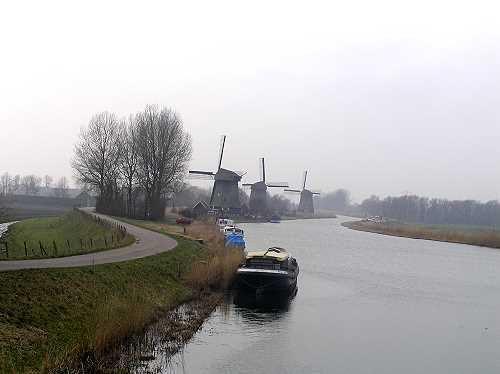 Afbeelding van http://mw2.google.com/mw-panoramio/photos/medium/1318062.jpg.