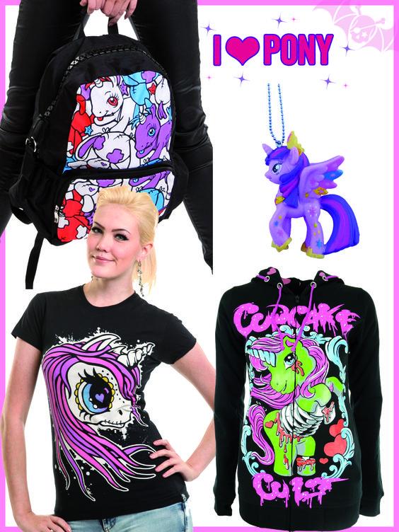 Fans de poneys ? Découvrez nos articles poneys sur notre site www.freakypink.com :)