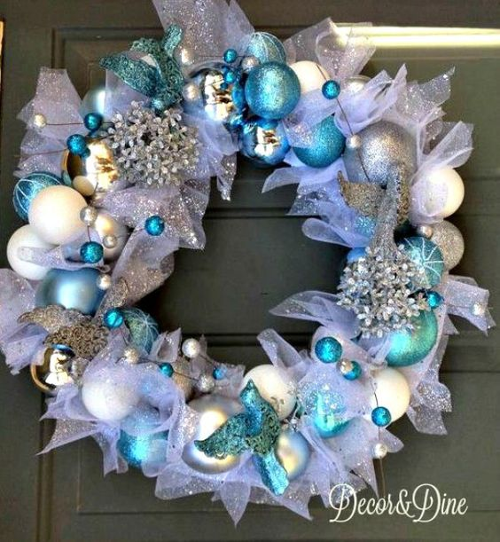 DIY Dollar Store Christmas wreath                                                                                                                                                                                 More