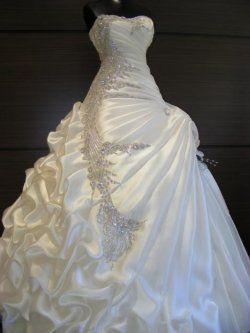 A-Line 2 in 1 Satin abito da sposa senza spalline con gonna a strati Convertible