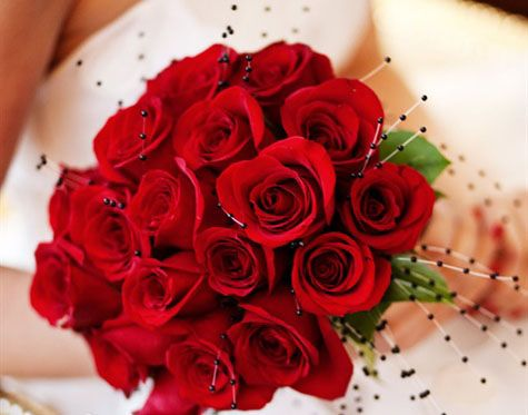 red rose bridal bouquets 03 Red Rose Bridal Bouquet Ideas Picture: