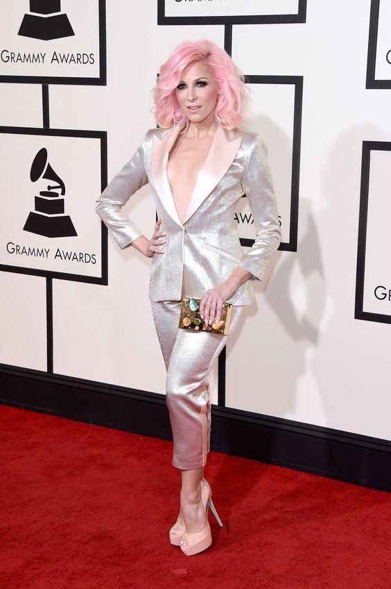Grammy 2016: os looks das estrelas no tapete vermelho - Vogue | Red carpet